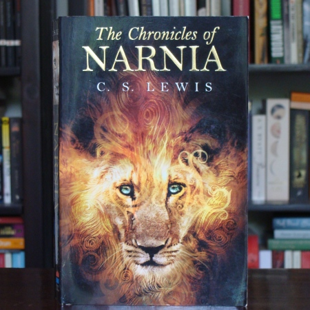 Cover image of The Chronicles of Narnia by CS Lewis